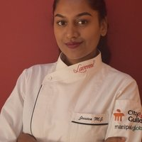 Pastry Chef and Home Baker with 5 years of experience gives online classes from home.